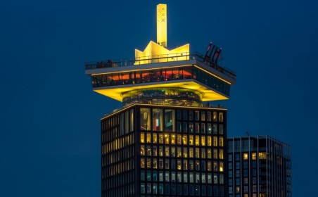 A'DAM Tower turns yellow, the ADE program is about to get started!