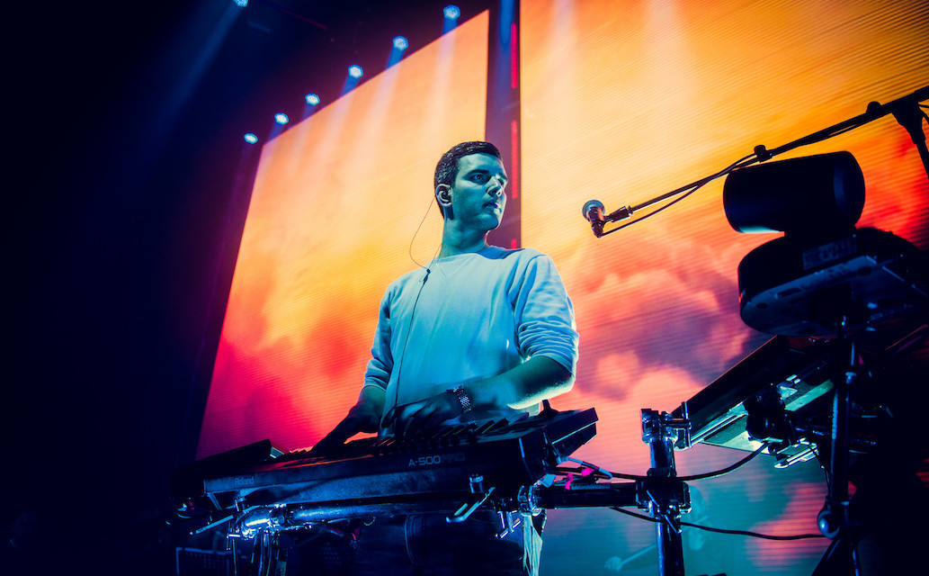 Netsky opens up his studio for a Studio XL session